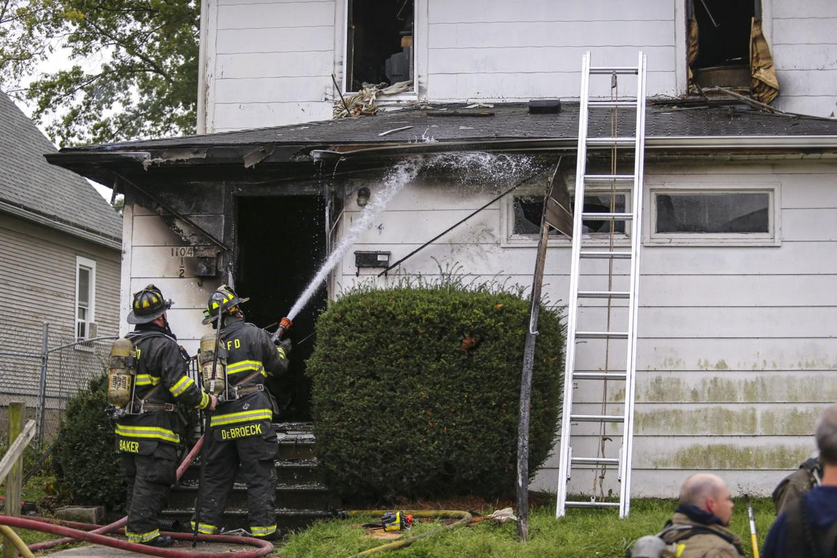 101217-HOUSE-FIRE-003