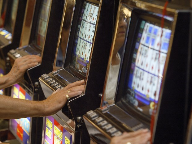 Iowa gambling commission play china shores slot machines online free