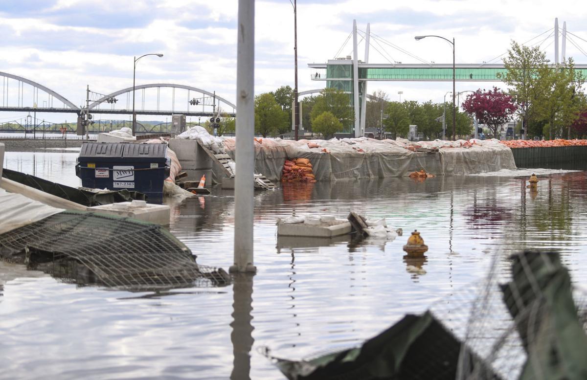 051019-qct-qca-flood-cleanup-003
