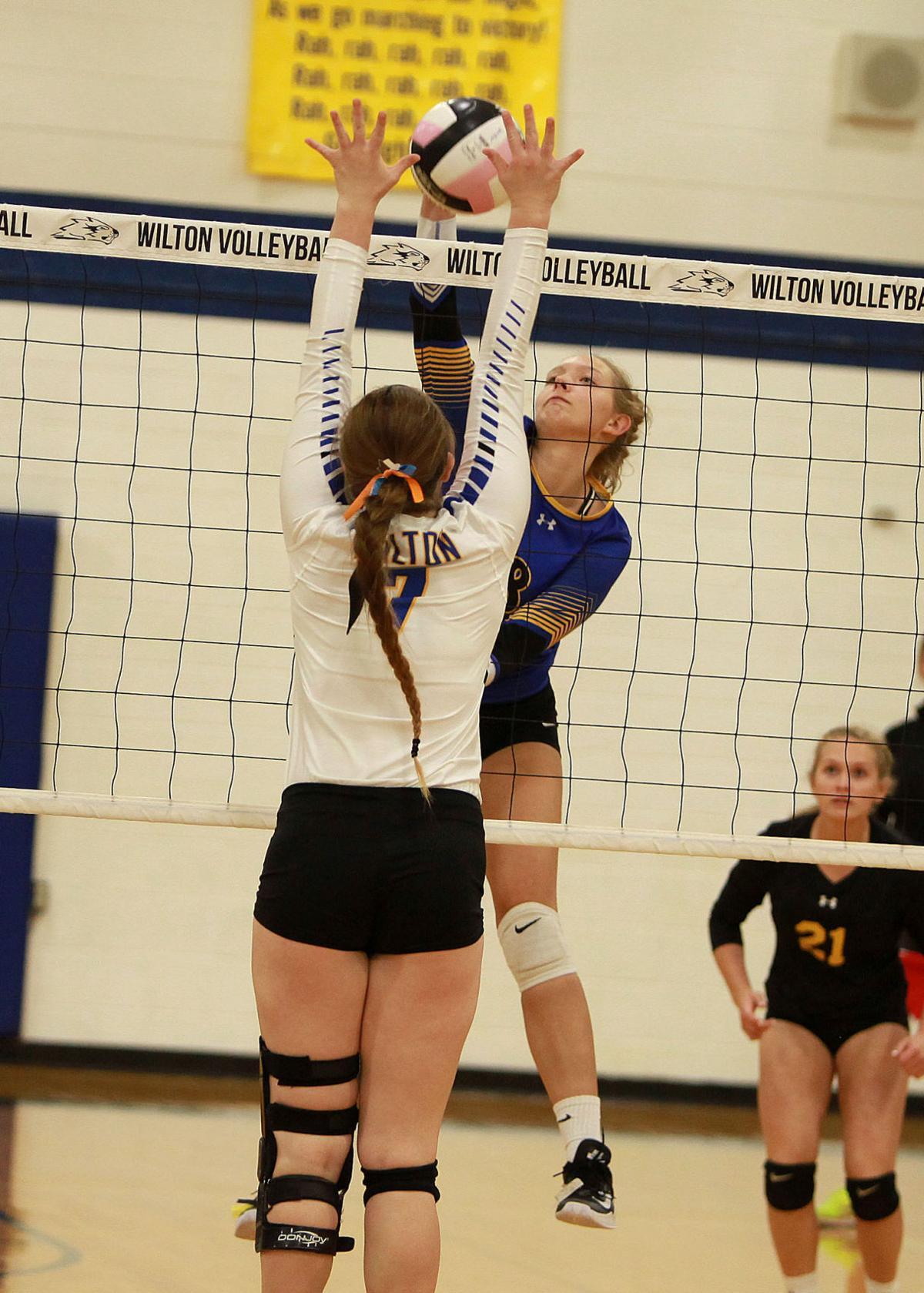 Wilton-Durant volleyball