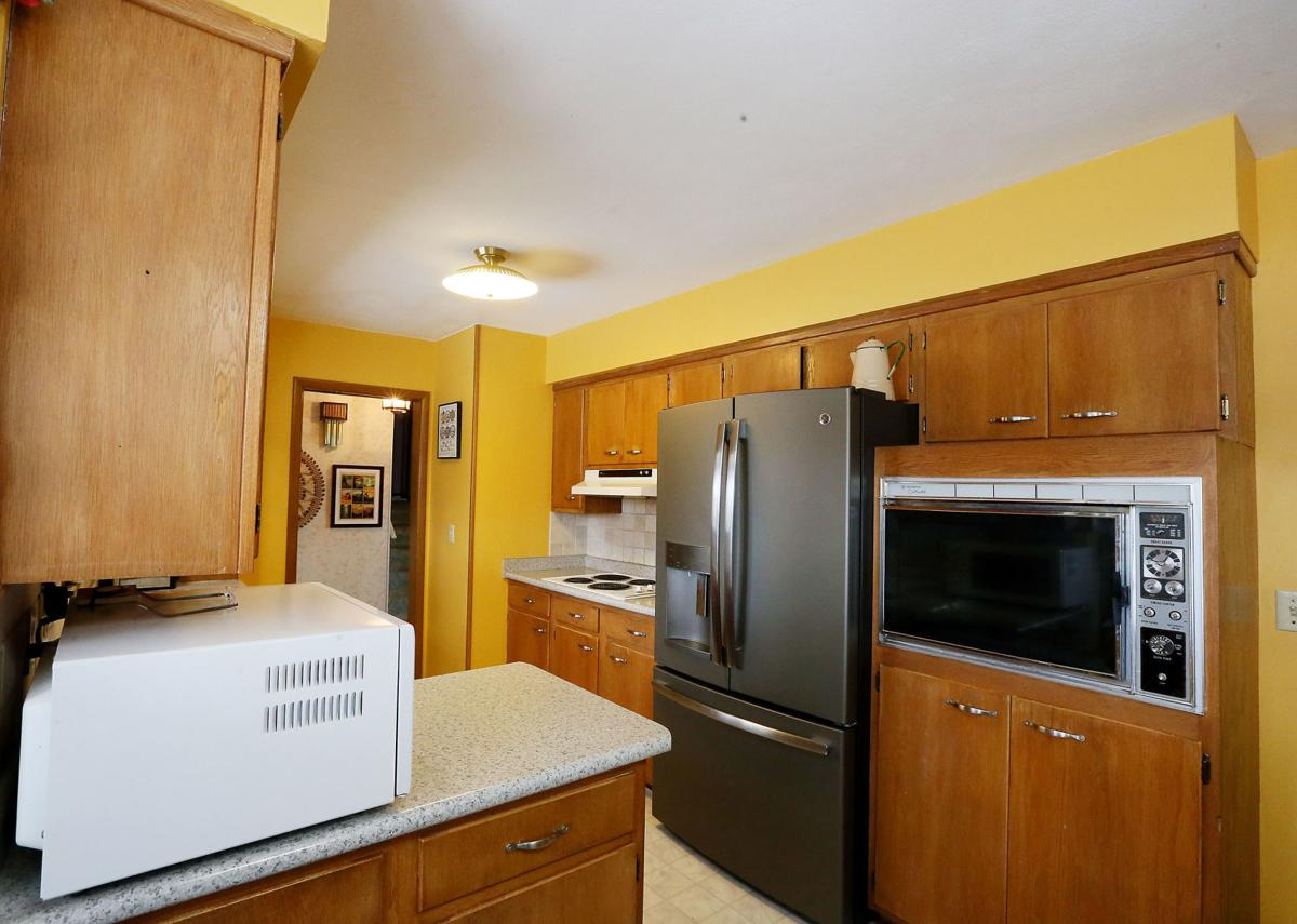Gaul Kitchen Remodel Before 003