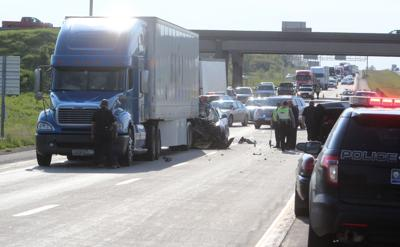 One dead in crash on I-80 in Davenport | Traffic | qctimes com