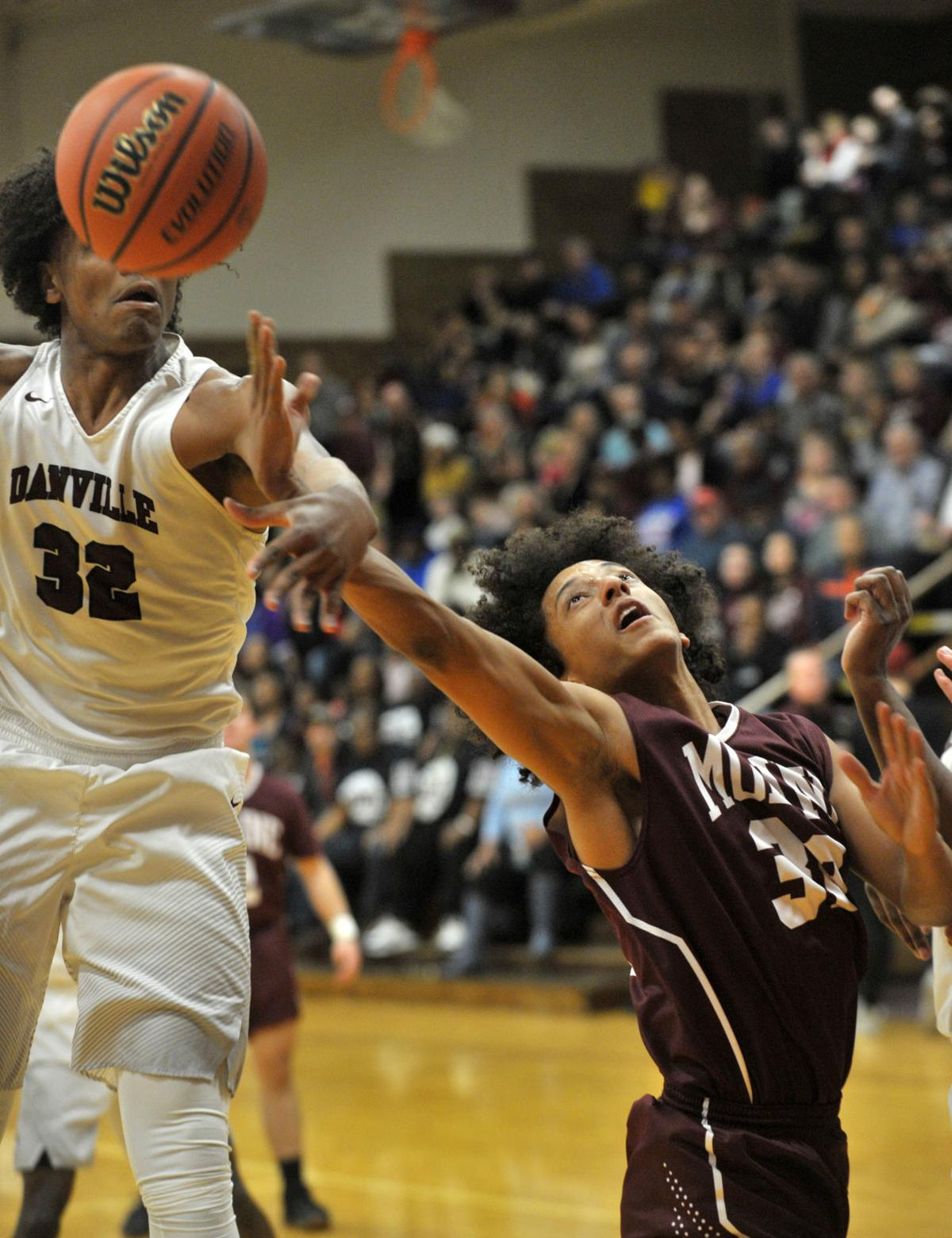 Maroons tough out upset win | High School Boys Basketball ...