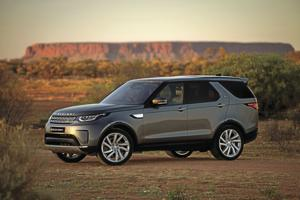 2020 Land Rover Discovery.