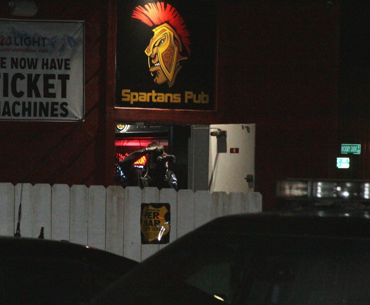 Davenport police investigate stabbing