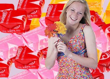 She's going to prom in a homemade dress — of Starburst wrappers