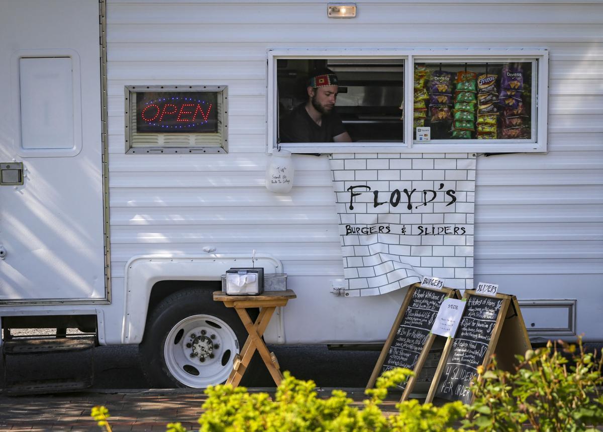Floyd's Burgers and Sliders