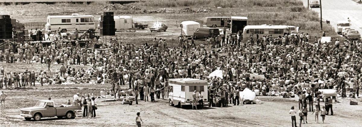 19730704 -- Davenport Levee