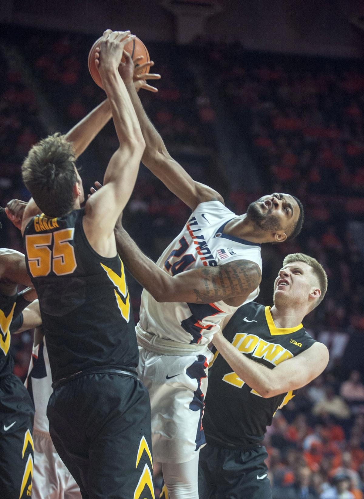Iowa Illinois Basketball
