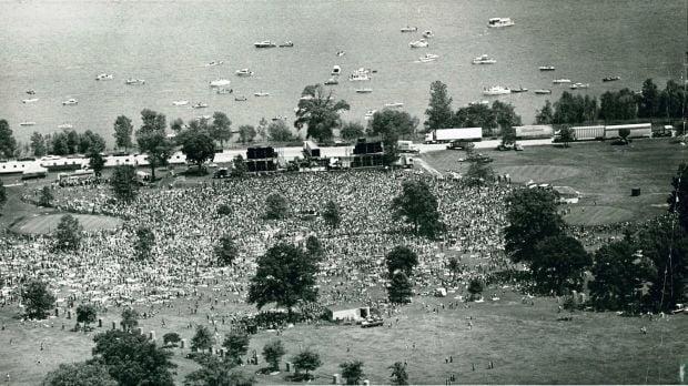 19780716 -- Mississippi River Jam