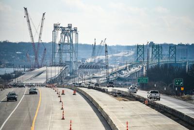 021120-qc-nws-bridge-001
