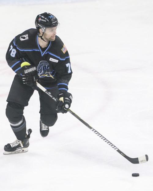 021620-qc-spt-storm-hockey-03.JPG