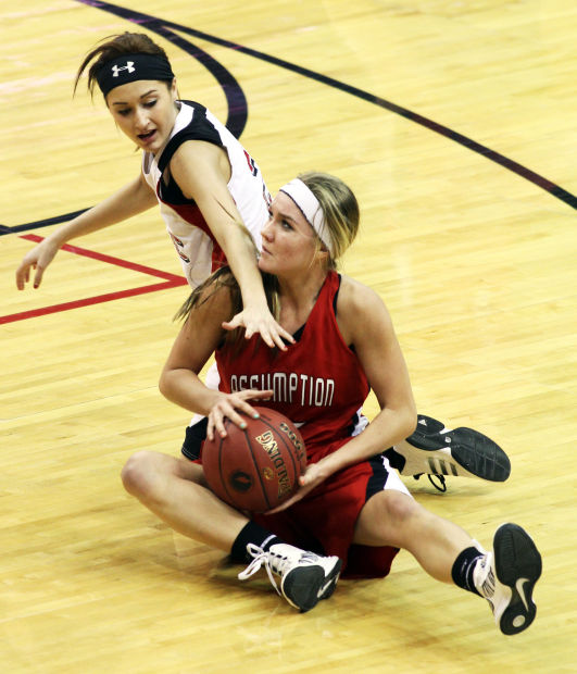 estherville girls Hull, iowa | ashtyn veerbeek recorded a double-double as the western christian girls basketball team topped estherville lincoln central 60-52 in a lakes conference game here friday veerbeek finished with 21 points and 14 rebounds for the wolfpack.