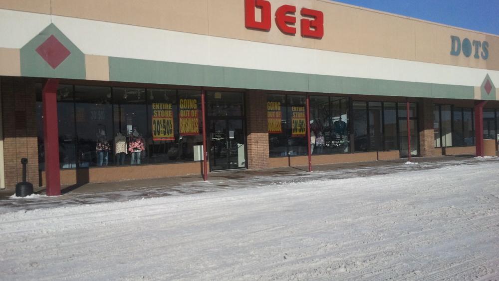 94f03caa598 Deb Shops closes stores in Davenport