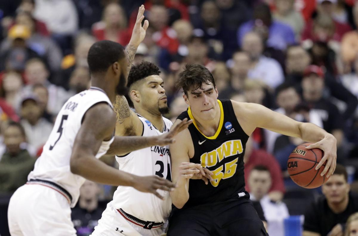 Hawkeyes 2019 20 Basketball Schedule Is A Tough One Iowa