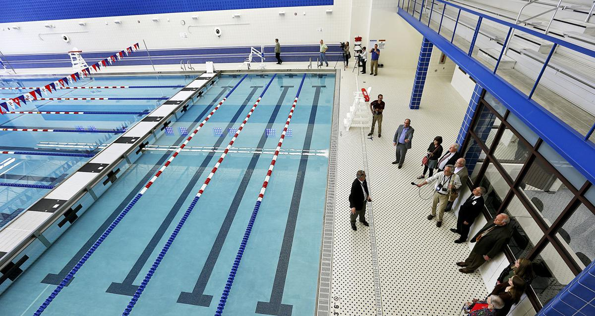 Photos Davenport Central 39 S New Pool And Theater Official Opening Local Education