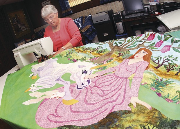 Pictures in cloth: Rosalie Baker creates lifelike images in ... : pictorial quilt - Adamdwight.com