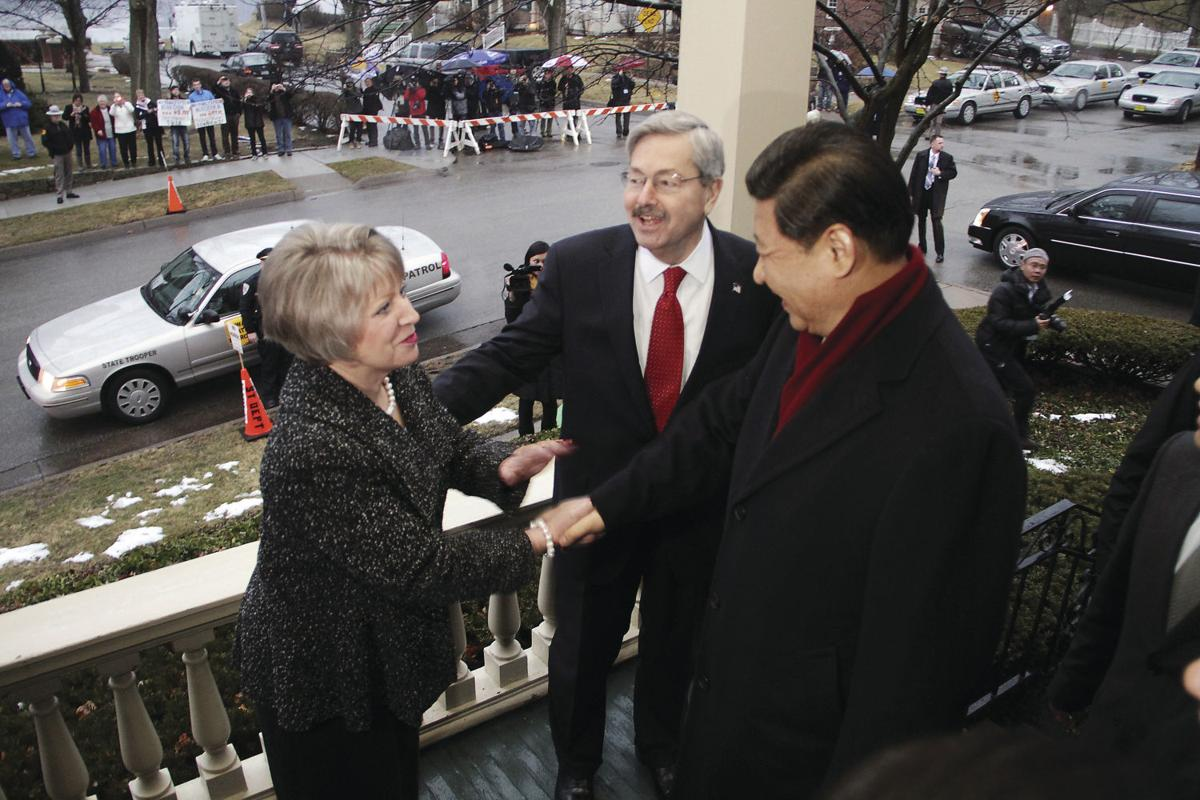 Xi Jinping and Terry and Chris Branstad