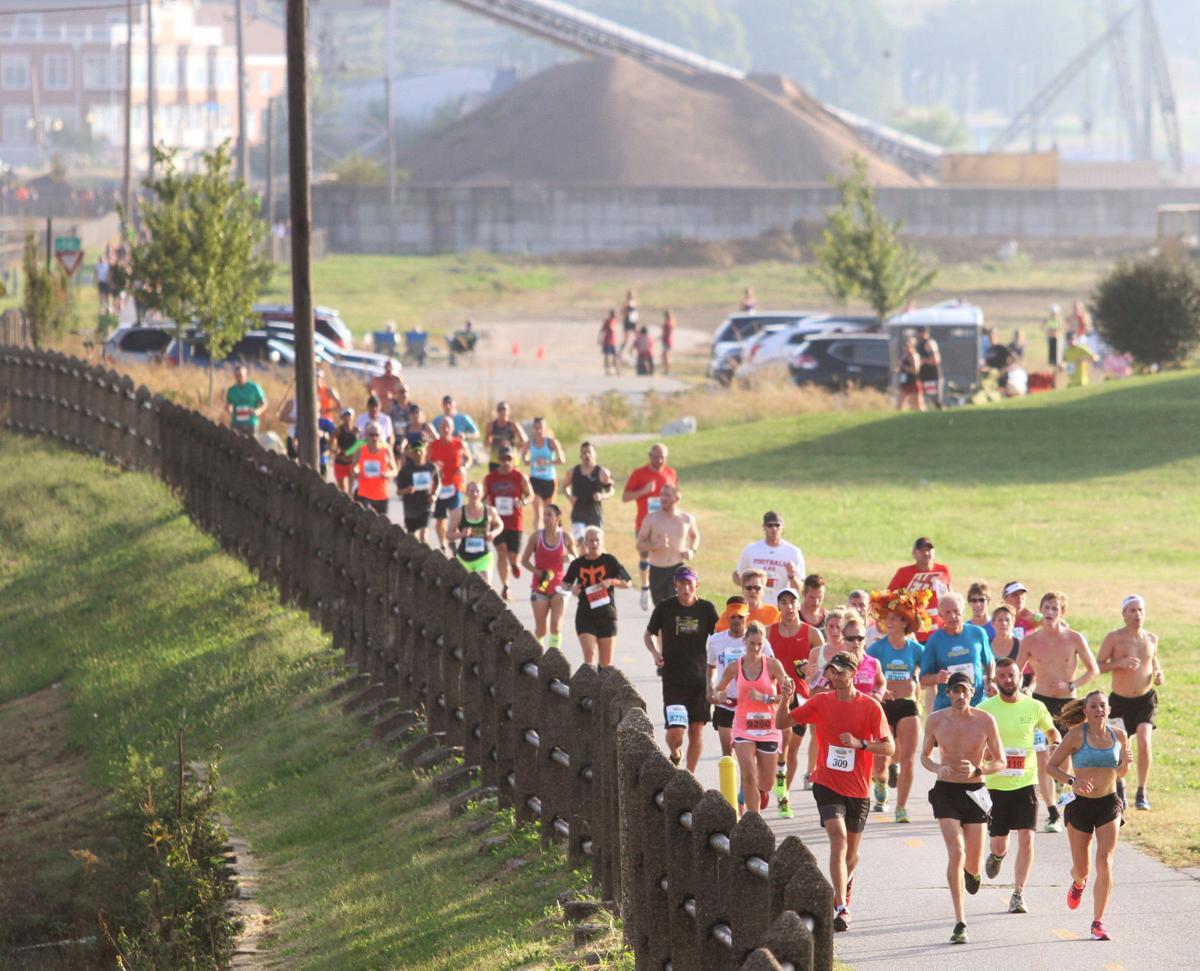 092516-Quad-Cities-Marathon-016