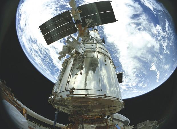 'IMAX: Hubble 3D' gives audiences a taste of infinity | Linda Cook | qctimes.com