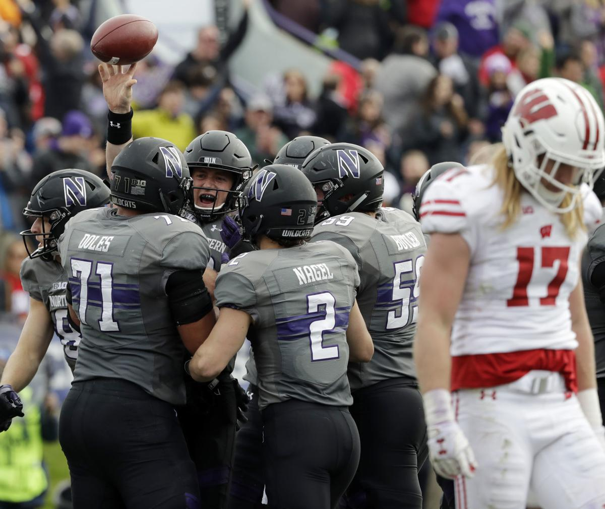 Crowded field chases Big Ten West title | Hawkmaina ...