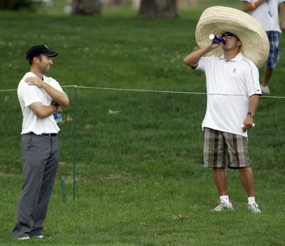 Sombrero-wearing golf fan sparks interest at JDC  63e9cd4f0c7