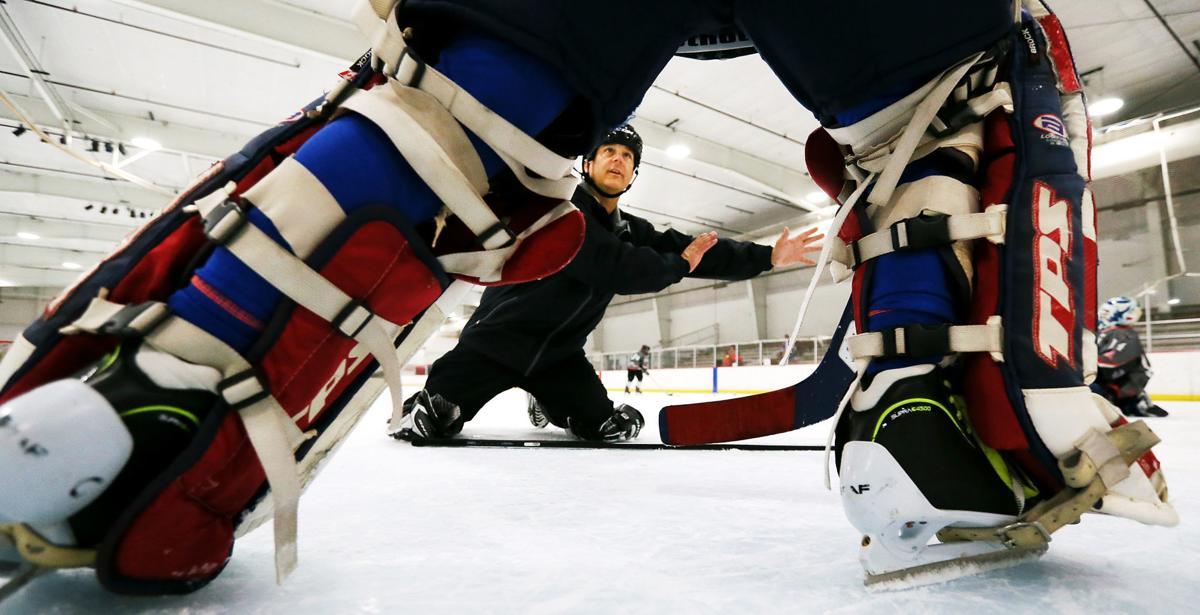Hockey youth clinic