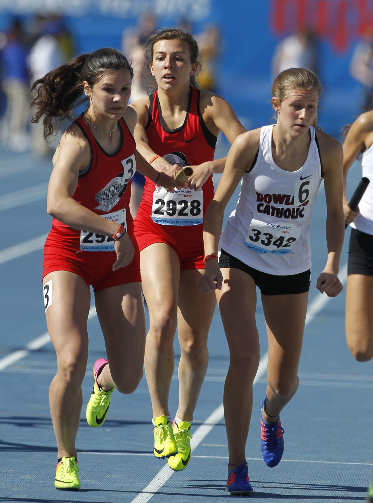 042818mp-Drake-Relays-Girls-4x400-2