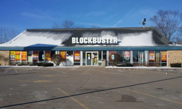 Blockbuster in Davenport closing