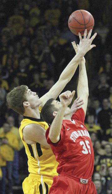 Iowa vs Stony Brook