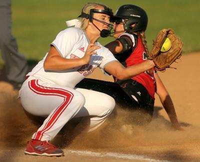 061818-Mac-baseball-softball-010