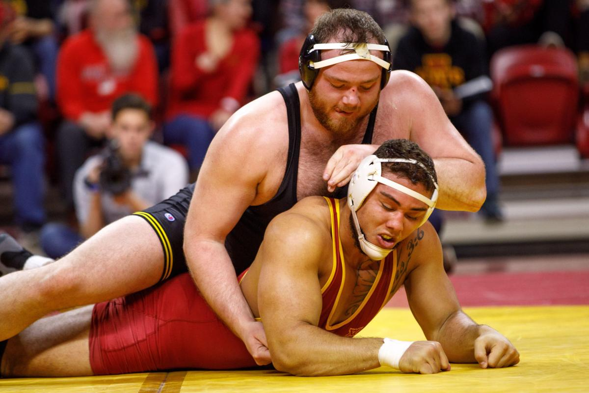 8d1c5340738 Hawkeyes  healthy Stoll ready to step onto NCAA stage