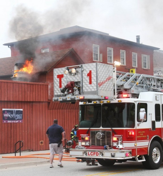 Kitchen fire closes Sneaky Pete\'s in LeClaire | Local News ...