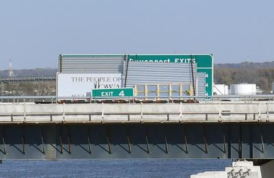 110520-qc-nws-bridge-132