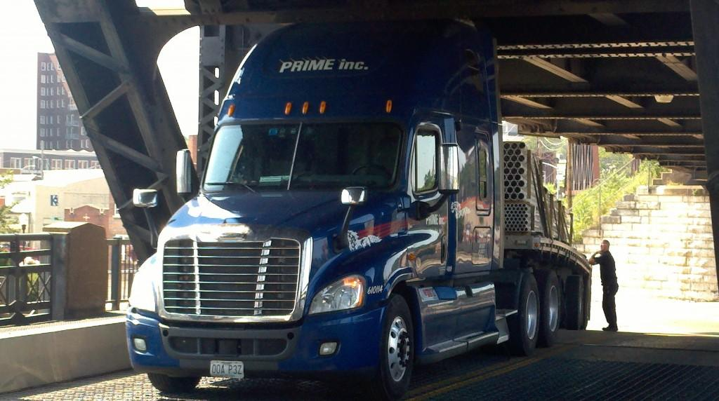 Q-C truck-eating bridges gobble up another victim | Local News