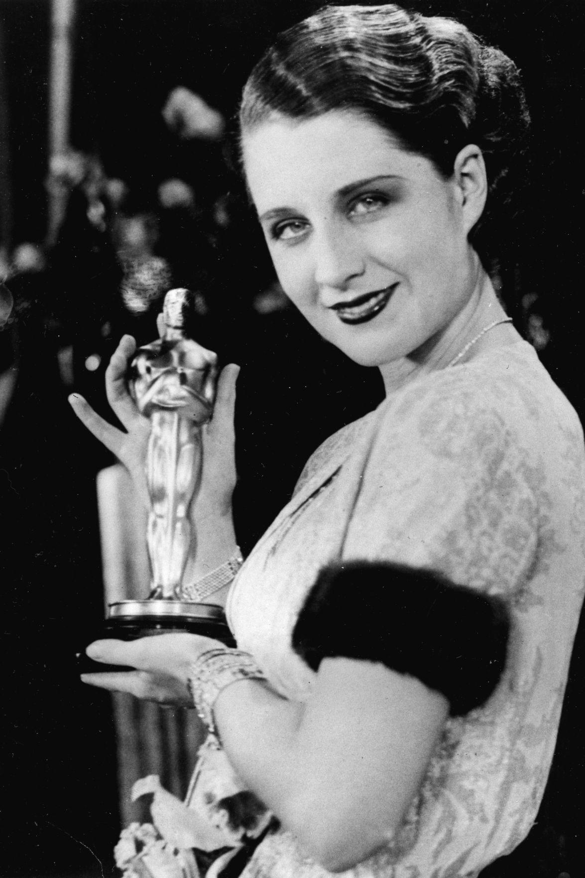 1930: Norma Shearer