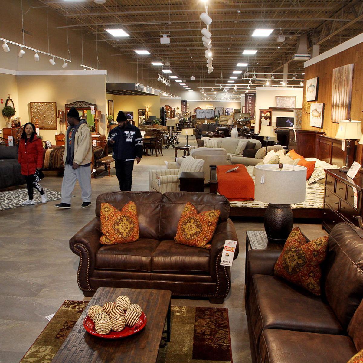 Ashley Furniture Officially Joins Elmore Avenue Retail Lineup Business Economy Qctimes Com