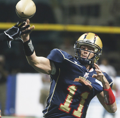 Steamwheelers vs. Pirates