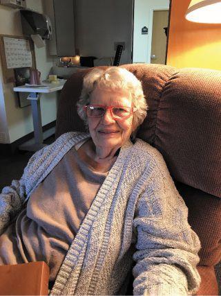 Gail Elizabeth Stolnacke November 30, 1927-Novembe
