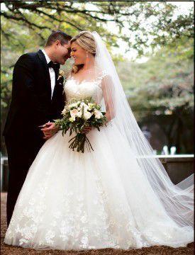 Erika Renee Lowe Mullins and Travis Houston Mullins