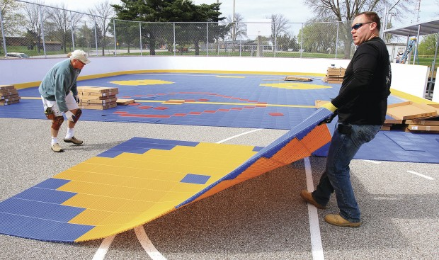 Dekhockey rink nearing completion in Bettendorf | Local News