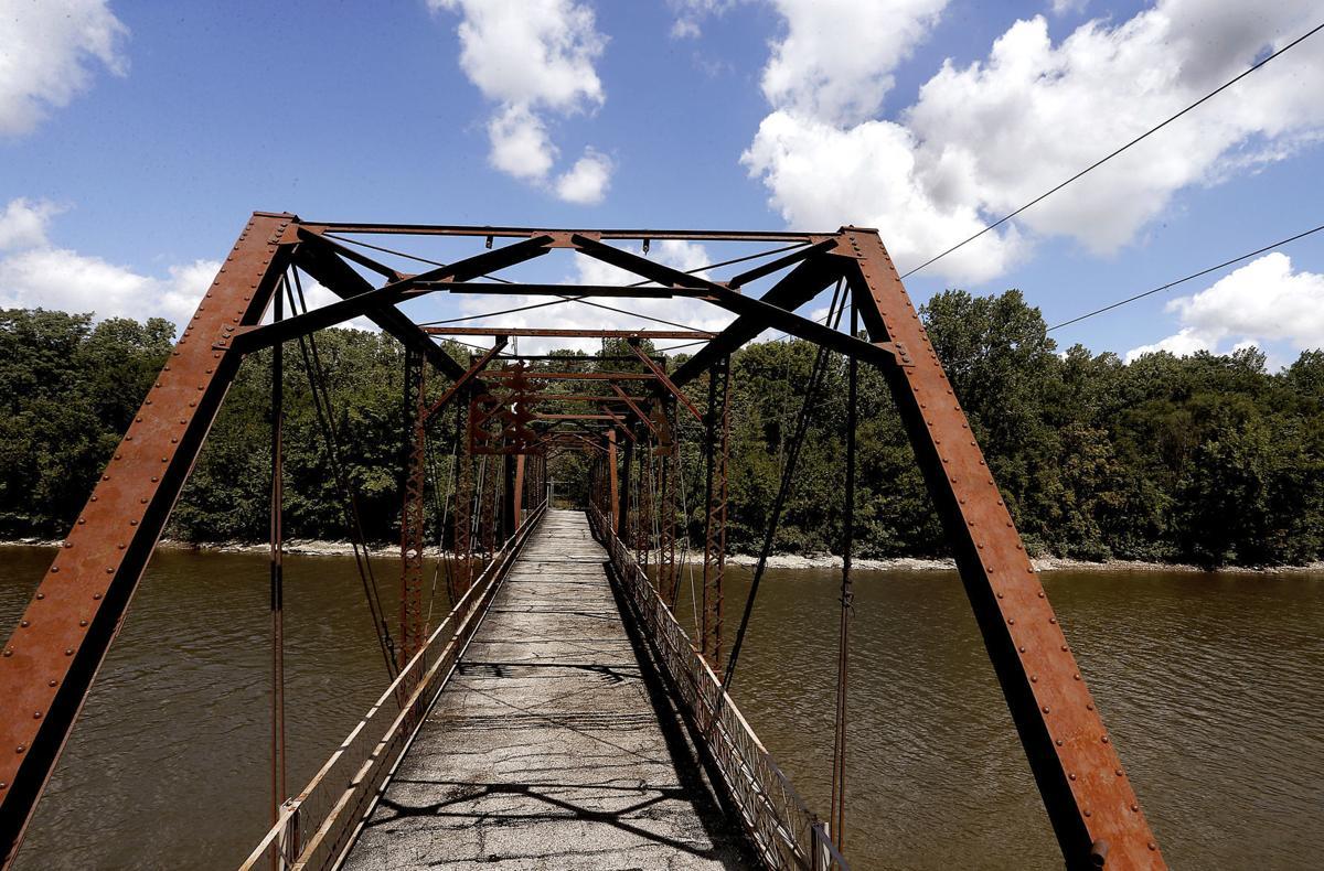 Former Sylvan Island bridge