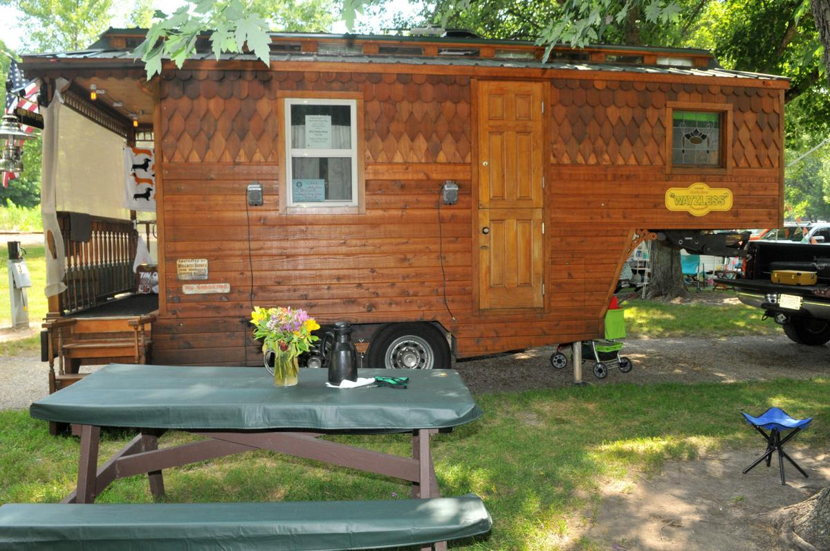 Vintage trailers show off retro glory at Illiniwek | Local News ...
