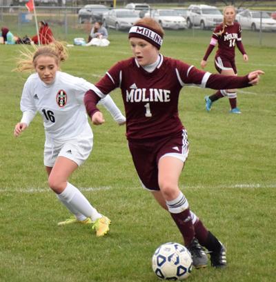 UT Moline soccer