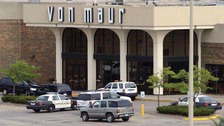 Man dies in morning stabbing at NorthPark; ex-wife charged