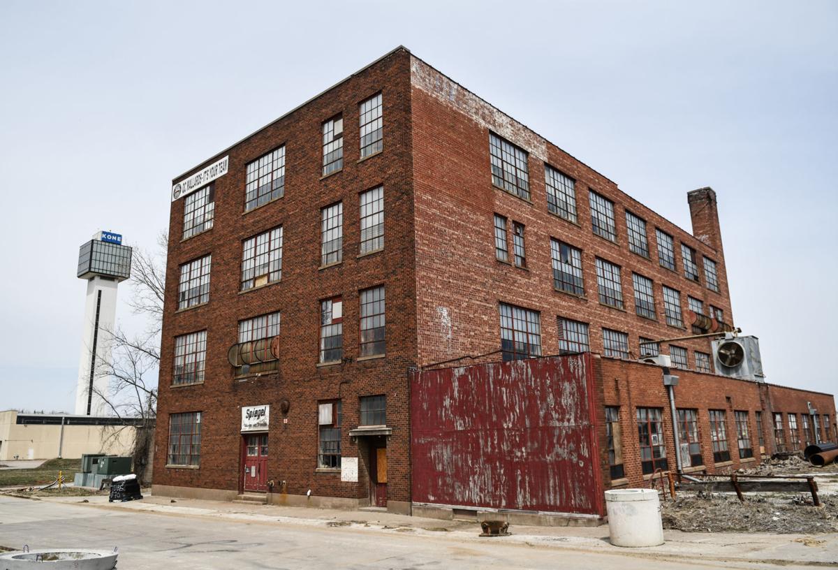 Spiegel Moving & Storage building