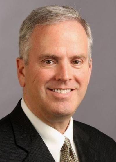 Kevin Mowbray, Lee Enterprises