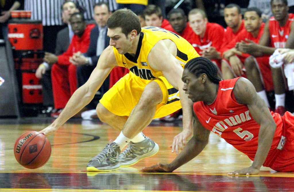 Iowa vs Stony Brook Men's basketball