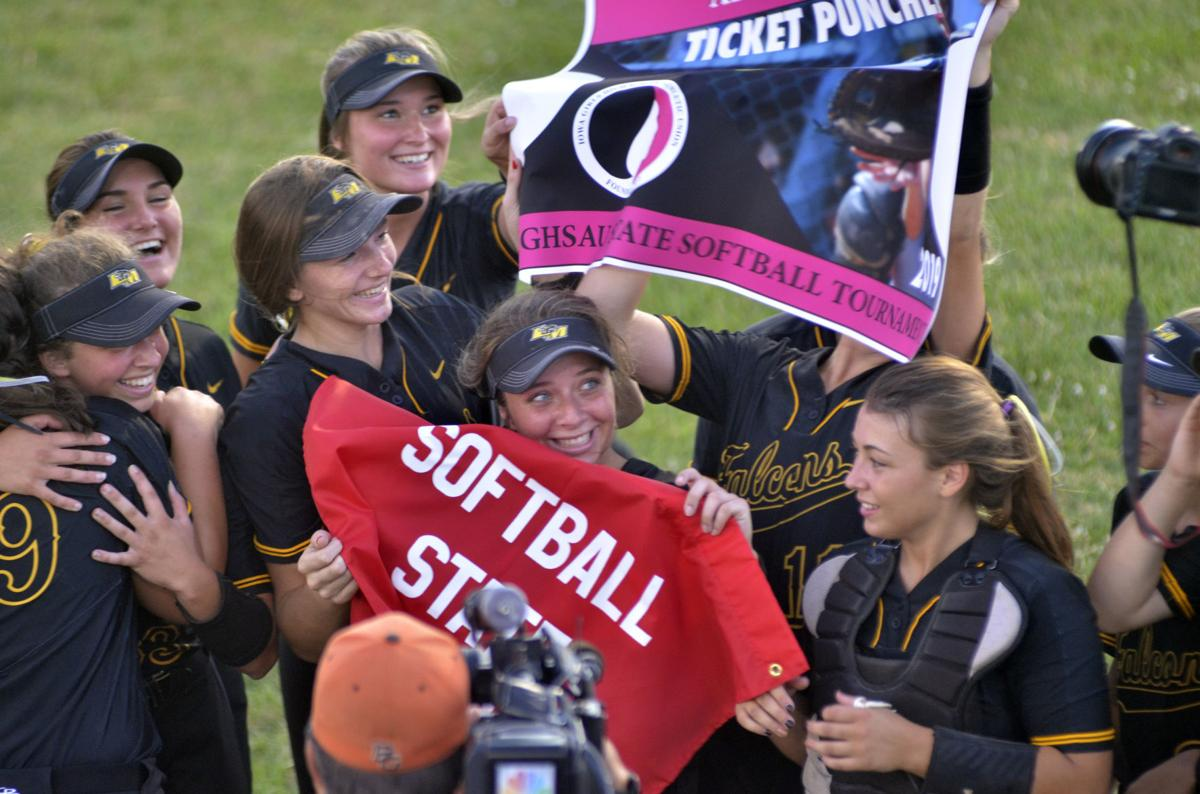 Prep softball roundup: L-M, West Liberty, Wapello qualify for state