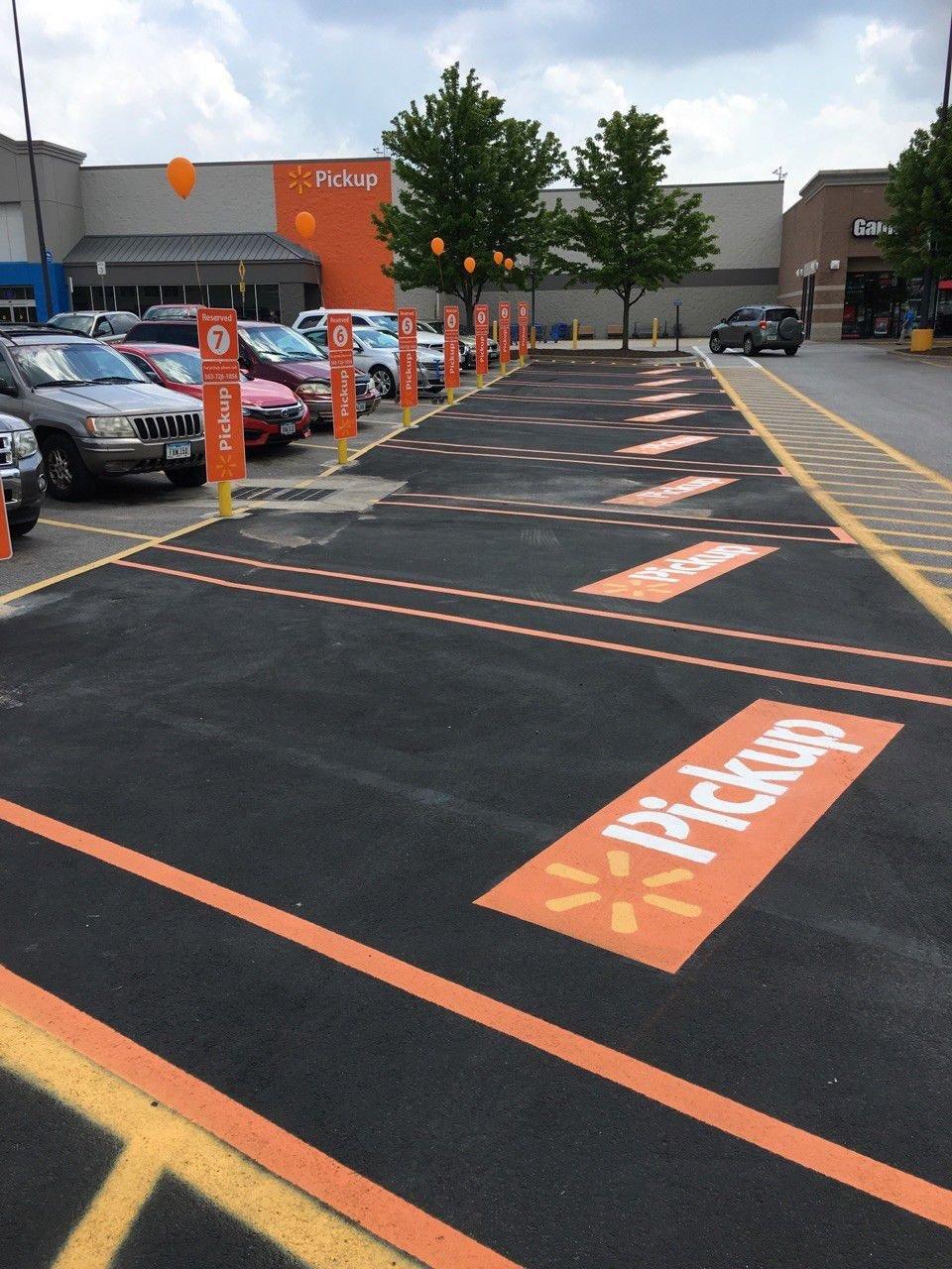 West Davenport Walmart launches pickup service | Economy